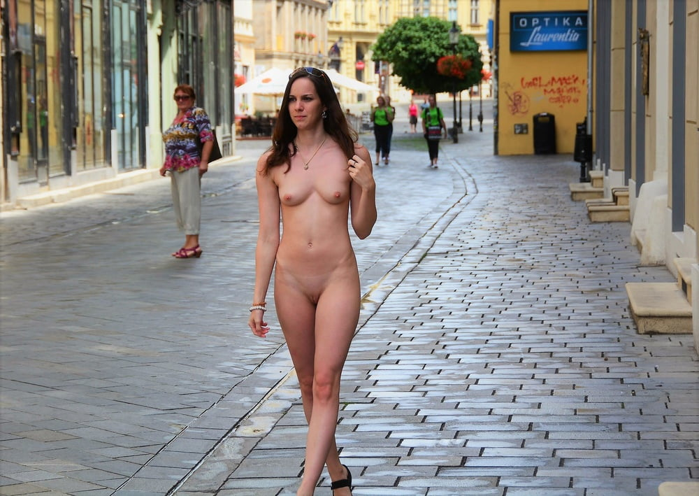 Maria L Nude In Publicnaked Girls In Public Places & 1