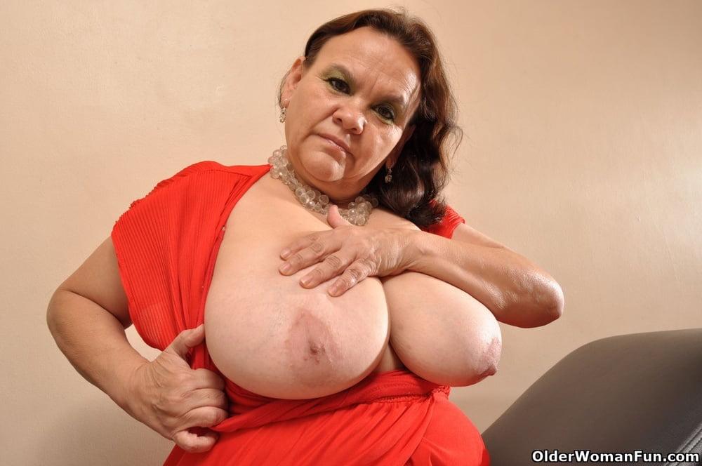 Chubby Latina grannies from OlderWomanFun - 101 Pics