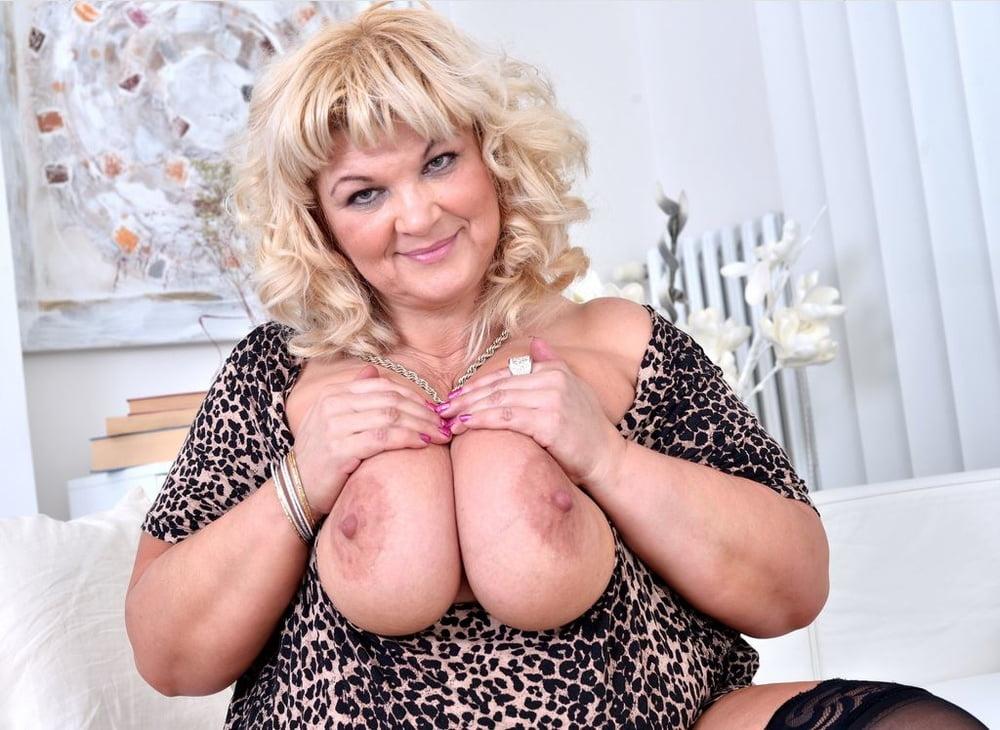 amature-big-mama-xxx-porn-magazine-cover