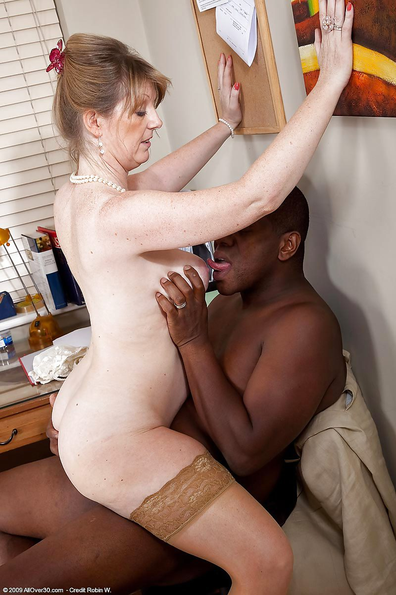 interracial-porn-uk-new-york-facial-treatment