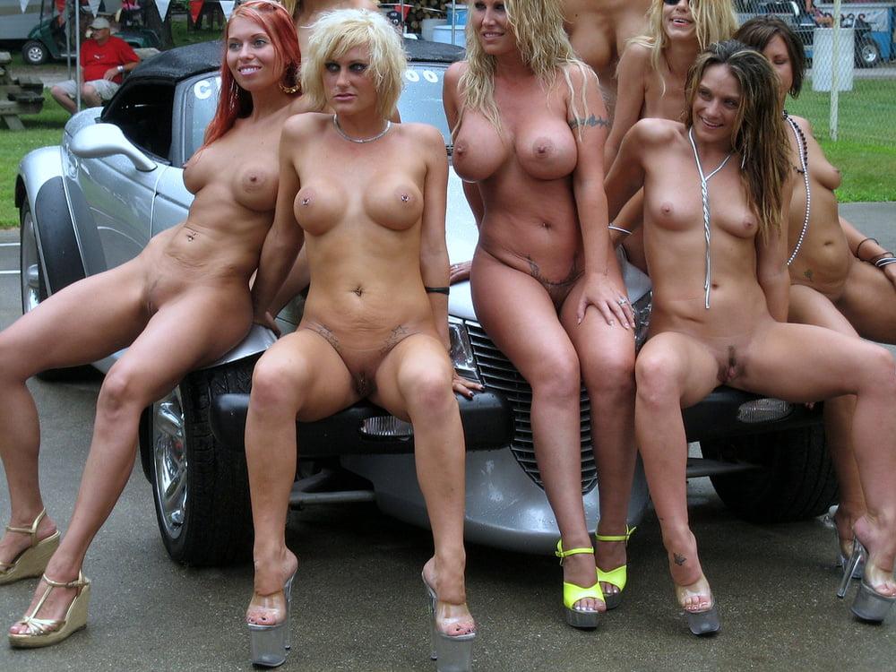 Порно фото много женщин на одном фото