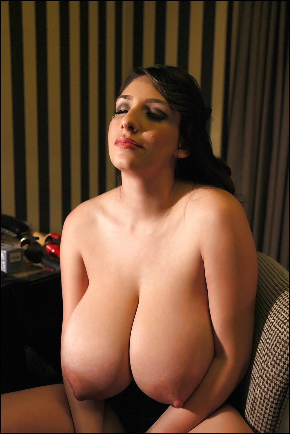 Super busty glamour profiles, doing girl vids