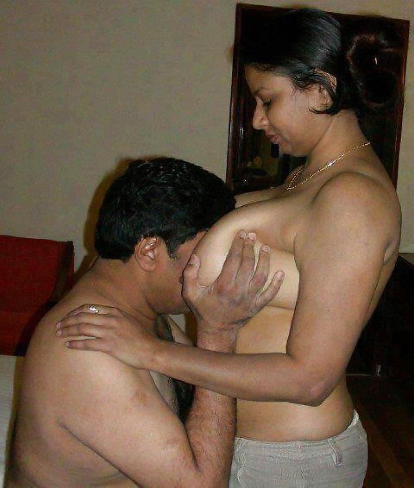 Hot sexy bhabhi romance desy sexy mallu aunty pics india sex photo sexy photo hot