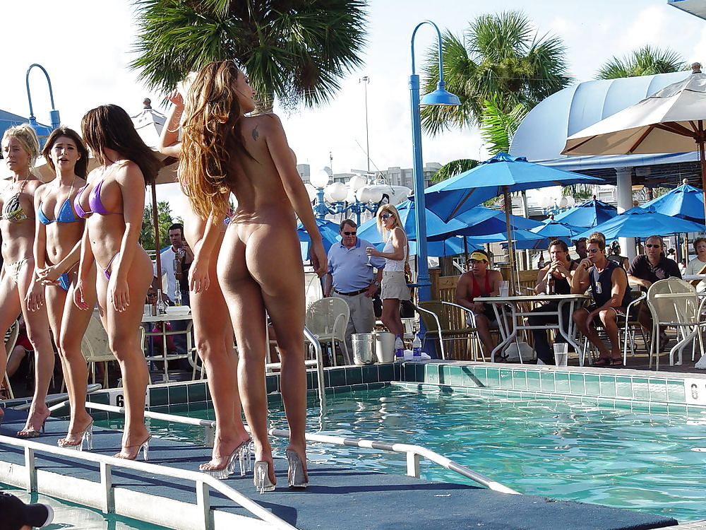 challenge Beach bikini