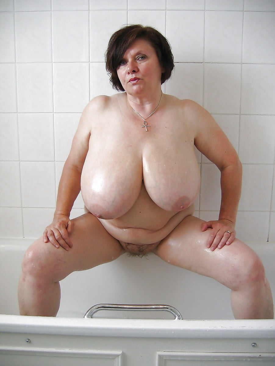 Naked mature large breasted women