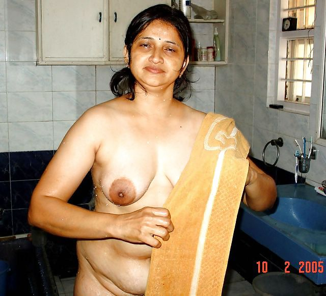 aunty-naked-from