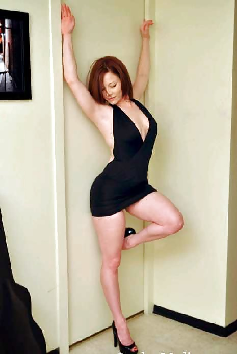 wife-poses-nude-for-home-movietures-julianne-moore-naked-dildo