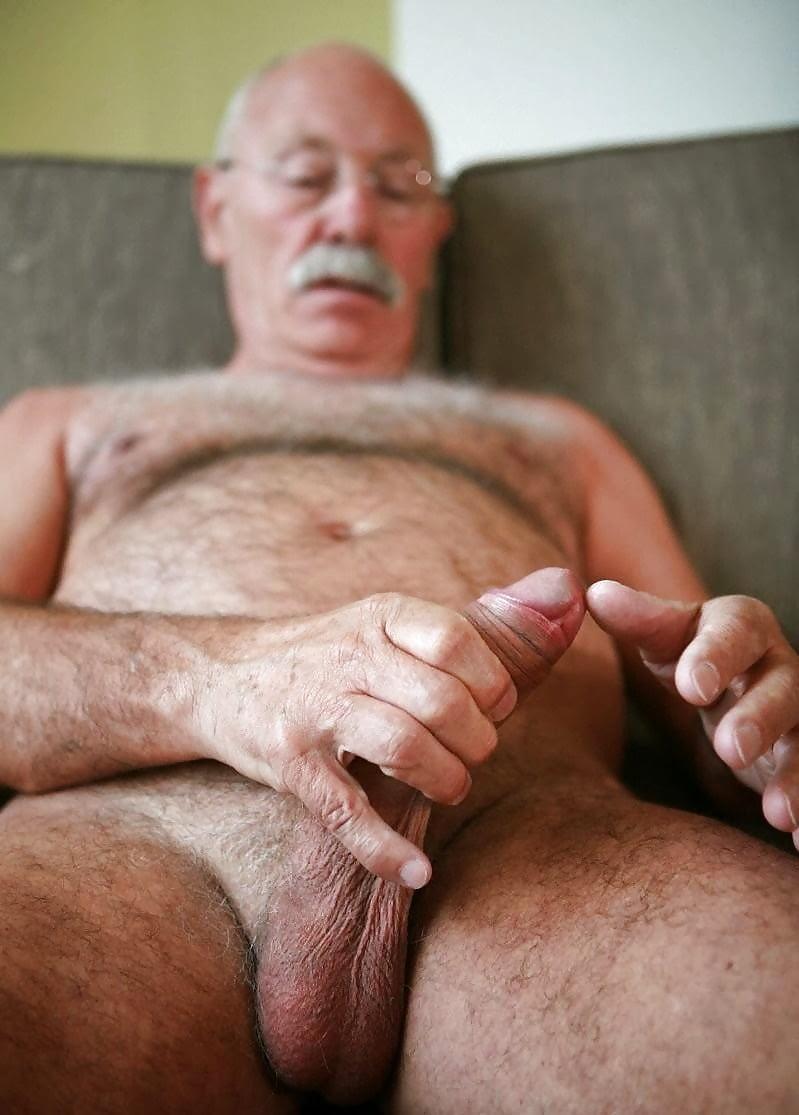 Как онанировать старому мужчине