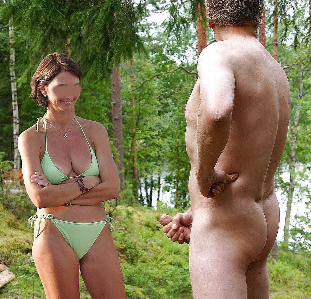 Girl looking at my dick
