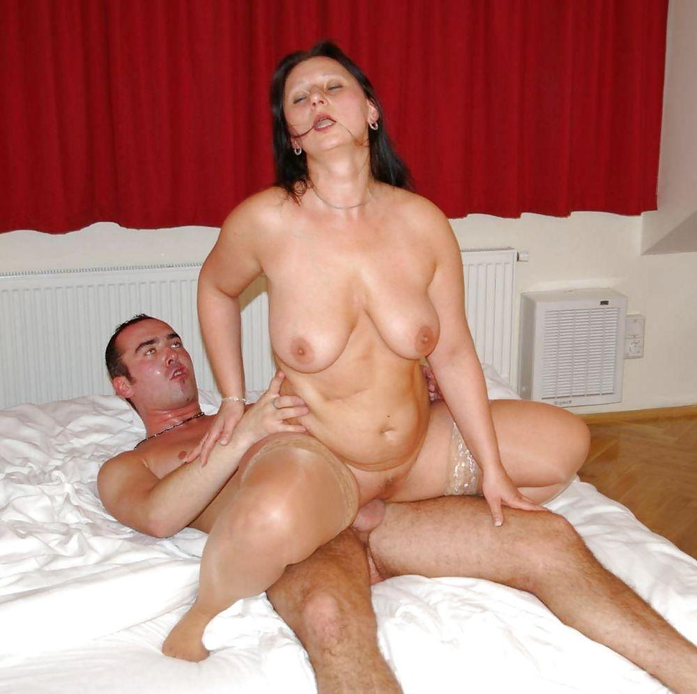 Mature love making porn pics