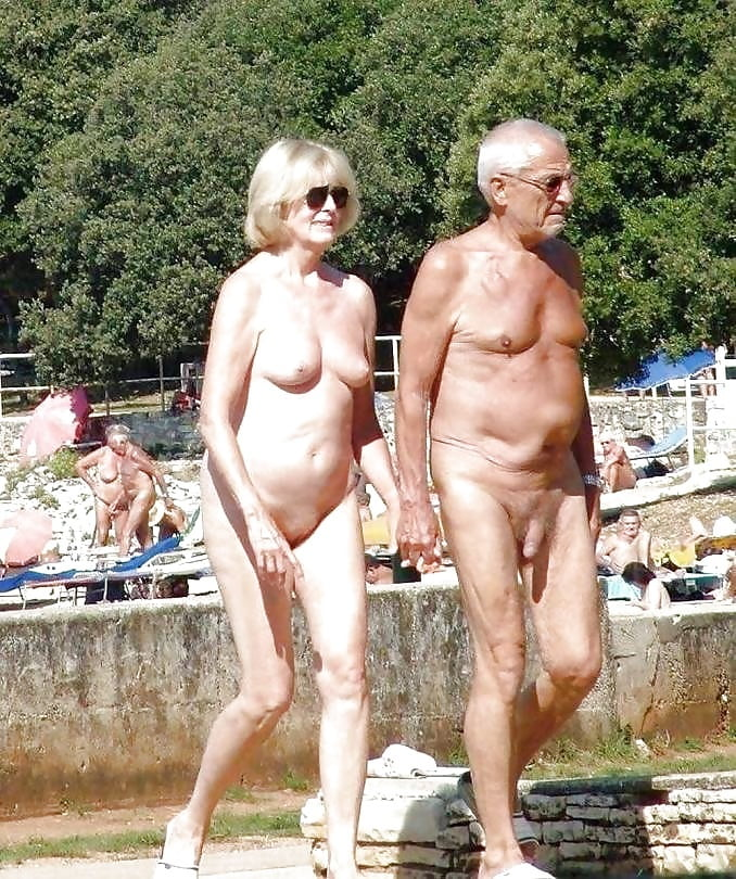 Sexy old nudists