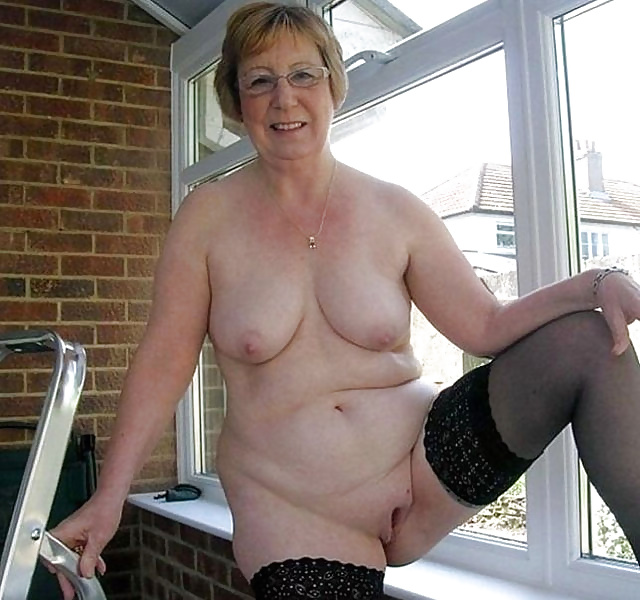 Granny pussy selfies