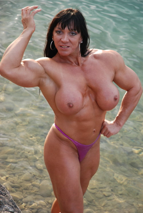 Newest female muscle pics on muscle girl flix