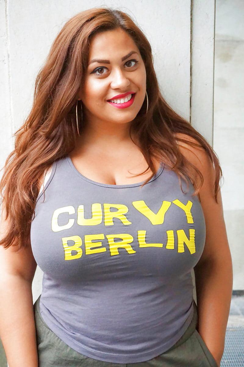 Nackt curvy berlin Model Agency