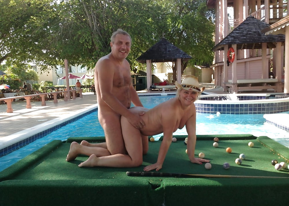 hedonism-resort-porn-tranny-island-redhead