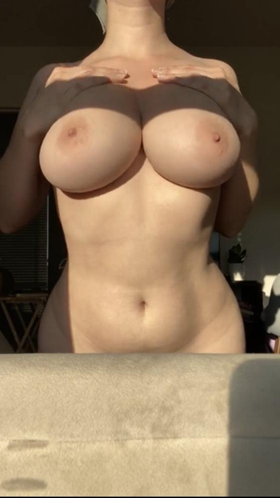 Sagging huge tits-8458