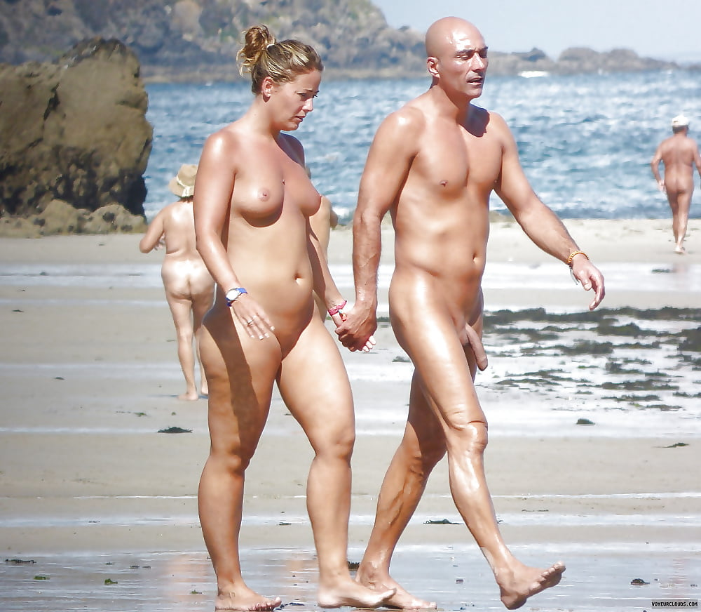 open-nude-couples-on-the-beach