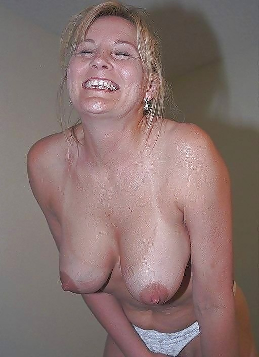 Amateur mature small tits pictures, beautiful nude women, free mature porn pics