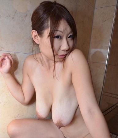 desire to model nude