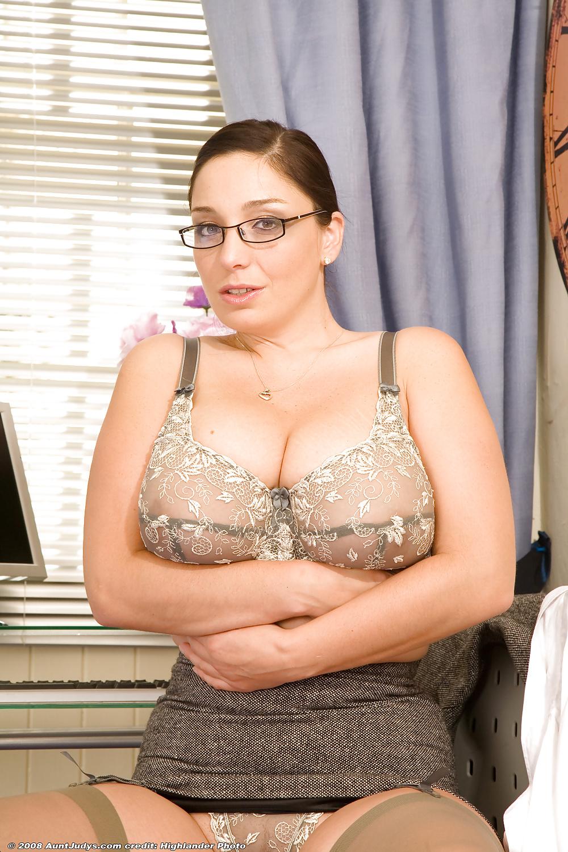 XXX Sex Images Rpg girls and bondage
