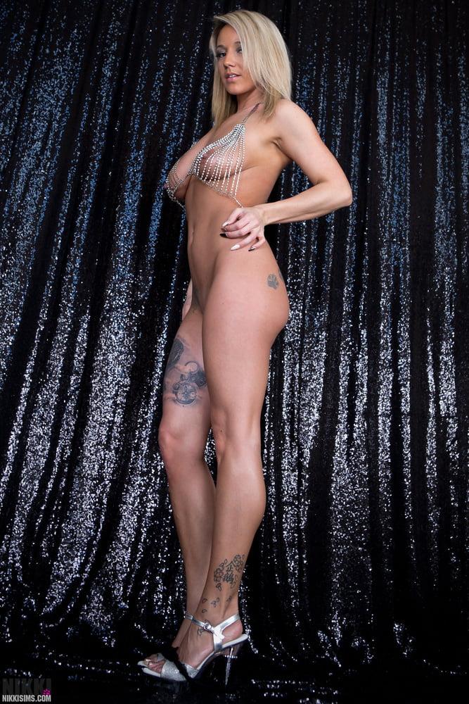 sims bikini Nikki