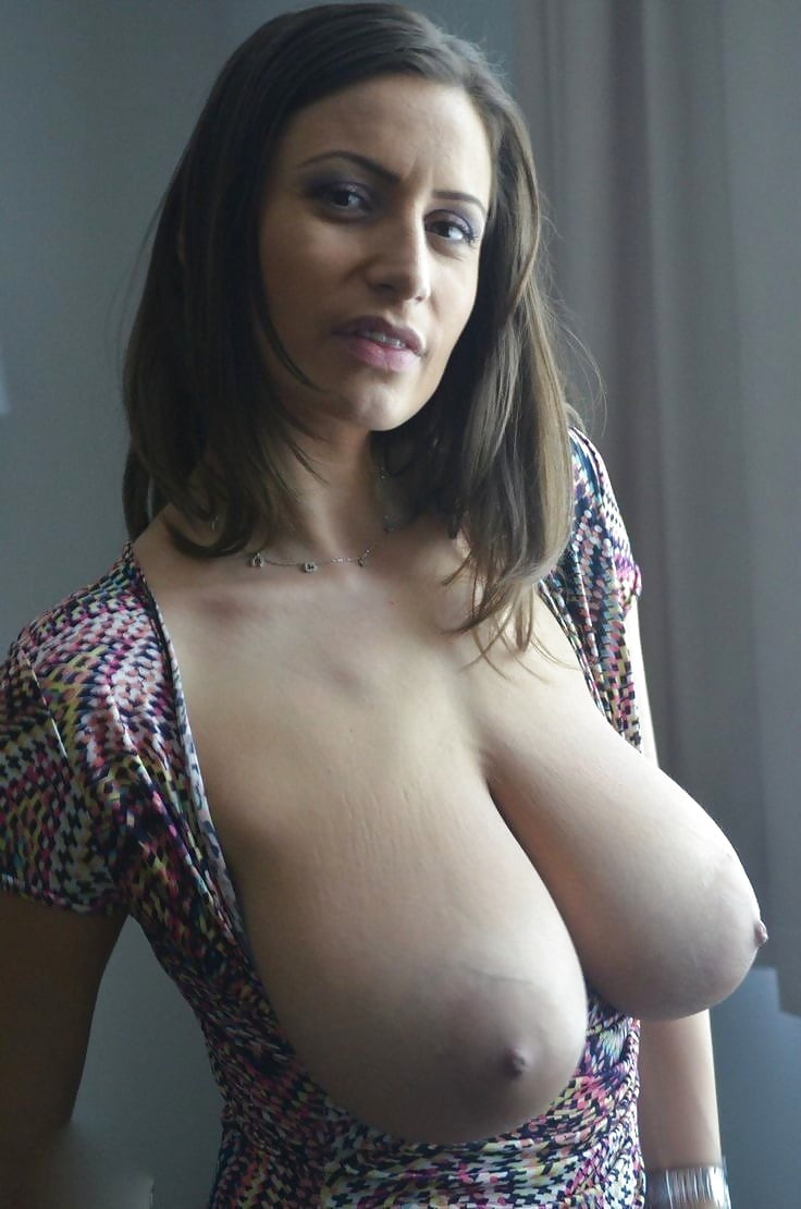 Big natural tits amateur canada jolie sex scene