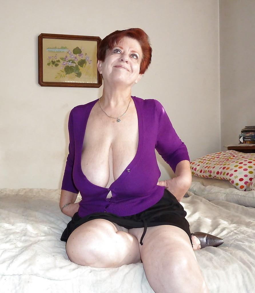 mature-cleavage-pics