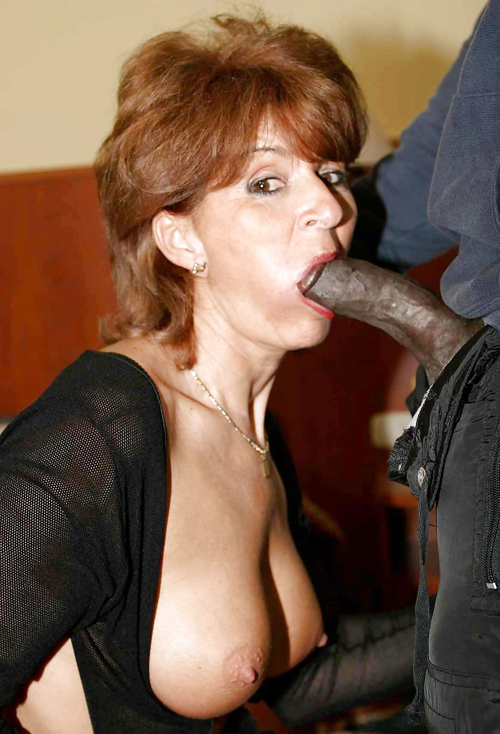 mature-ladies-huge-cock-tubes-forced-bareback-fuck