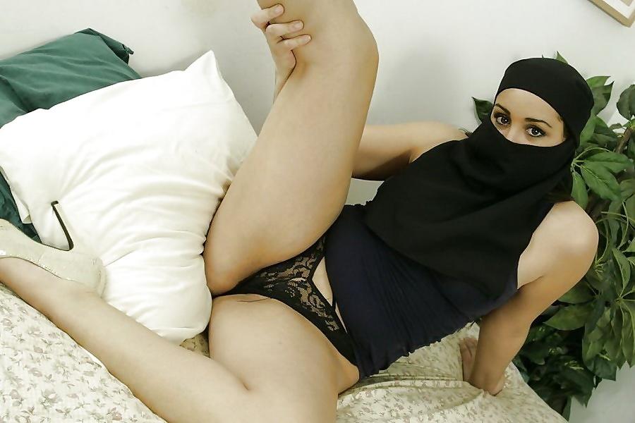 Hot transparent sexy mature muslim women nightgown
