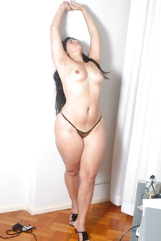 Thick naked thighs 5