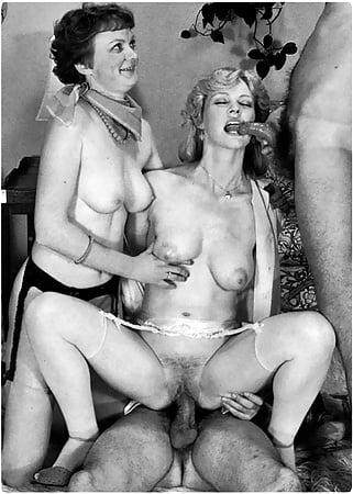 Porn Images & Video White brunette gets a cold surprise porn