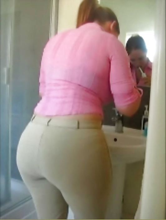 Big curvy ass milf