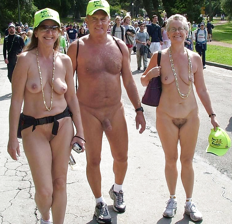 free-mature-naked-women-on-parade