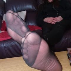 Pantyhose, Leggings & Feet