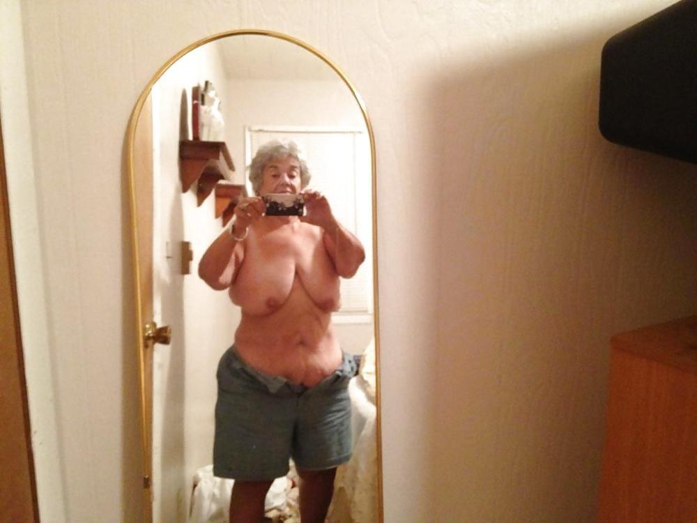 Hot nude grandmas selfpic — img 1