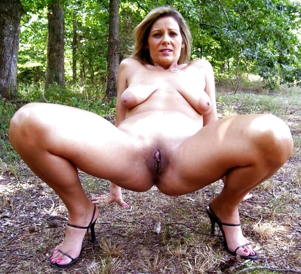 Femme Nue En Exterieur les salopes mature,milf nues en exterieur - 40 imgs - xhamster