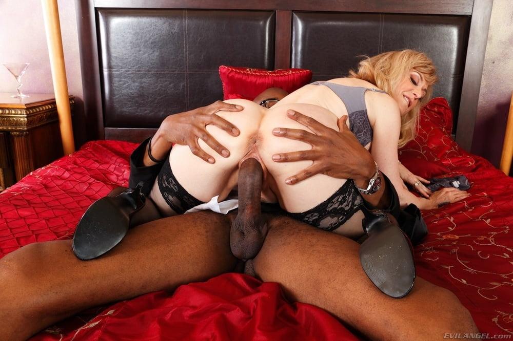 Nina Hartley Interracial Porn PornkTube 1