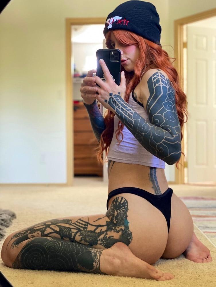 Tattooed Babe - 13 Pics