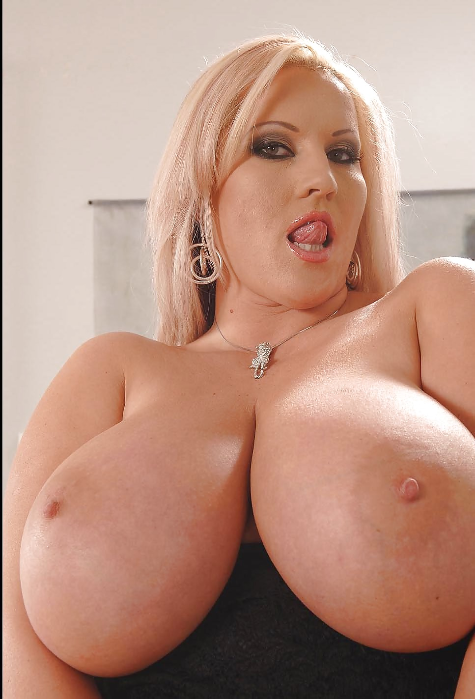 Laura Orsolya And Her Huge Tits - 60 Pics - Xhamstercom-2897