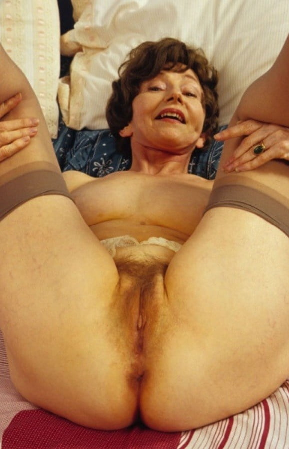 Big tits vintage ebony queens posing