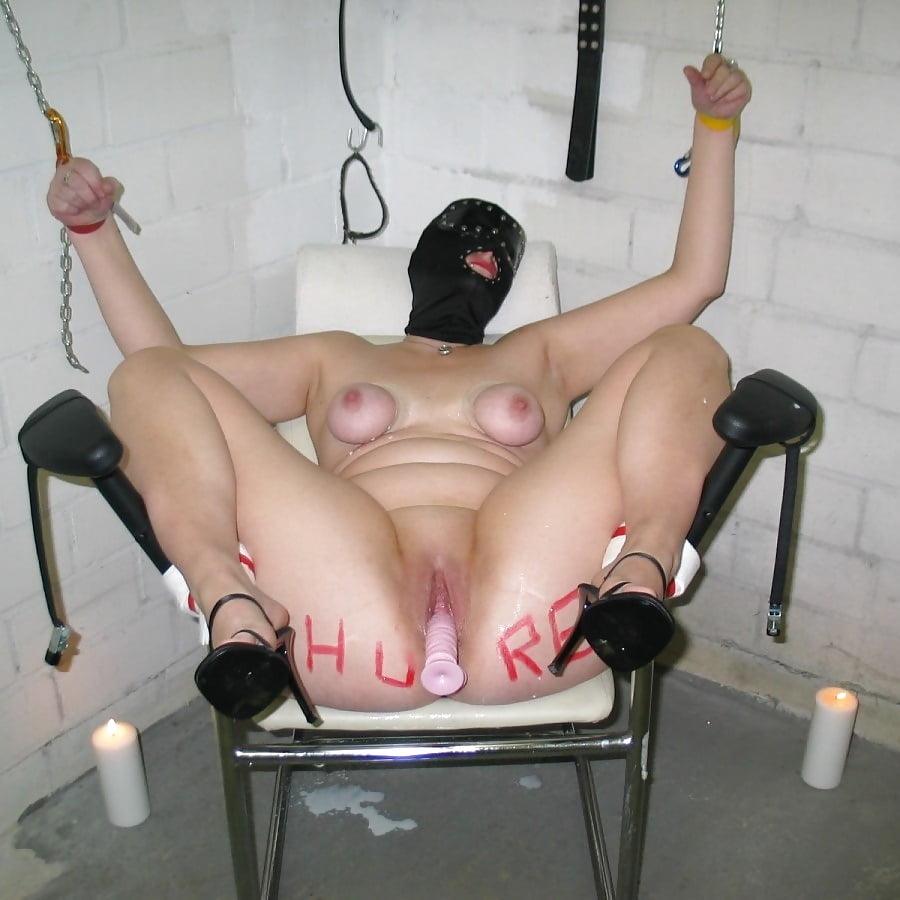 Dildo machine bondage