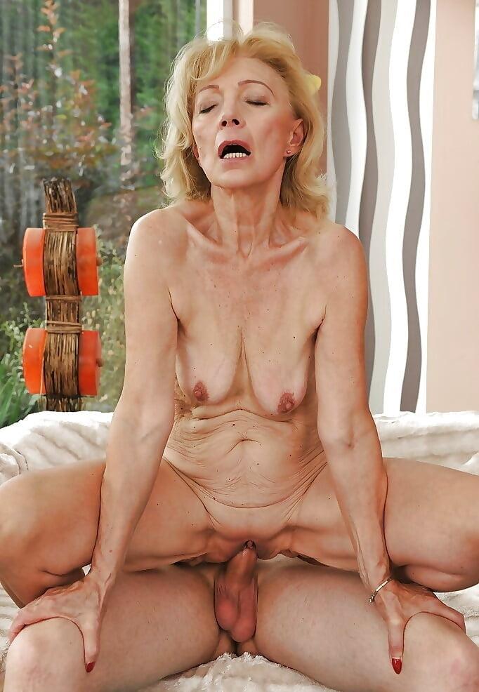 Skinny blonde mature having sex