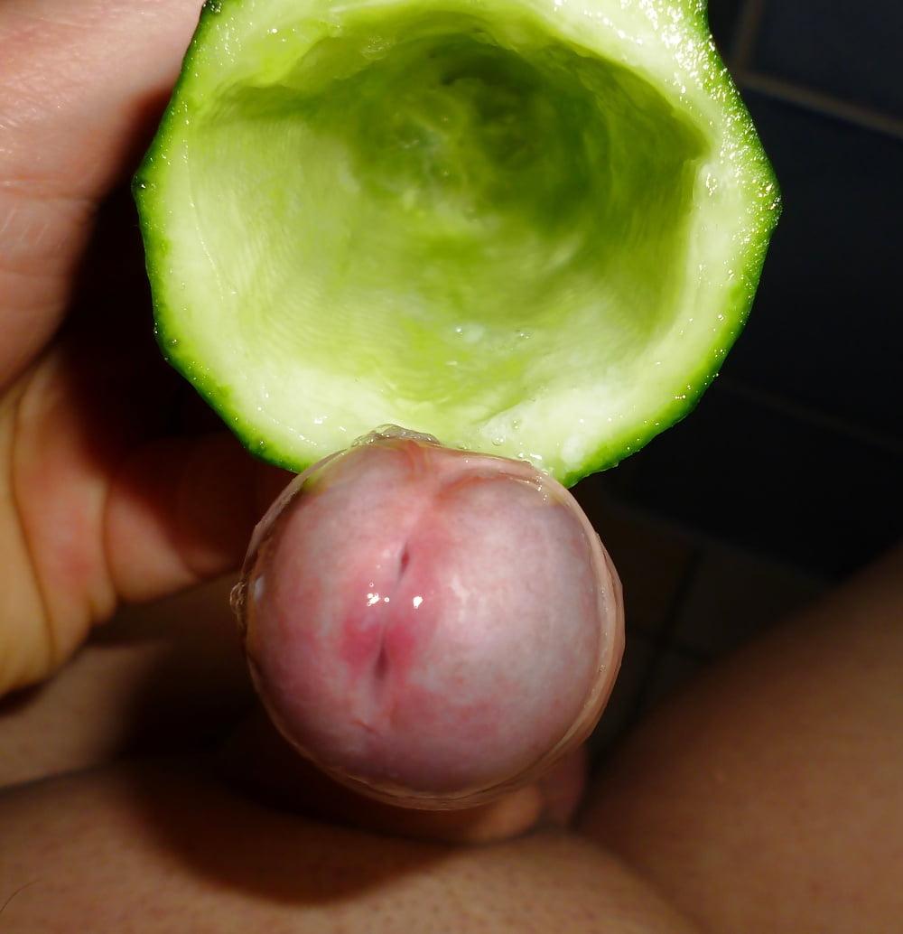 Cucumber masturbation rf - 3 2
