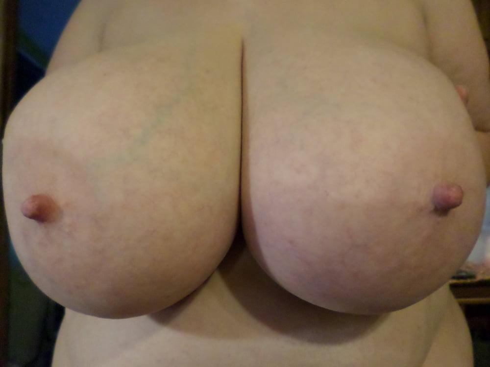 Natural boobs threesome-3656
