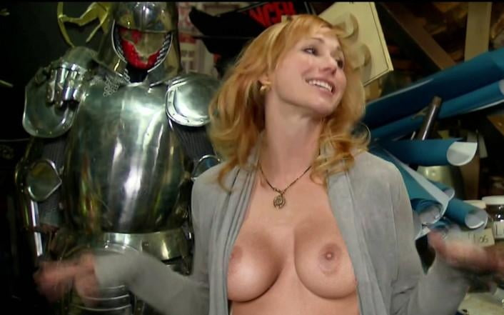 Girl from mythbusters pussy — photo 14