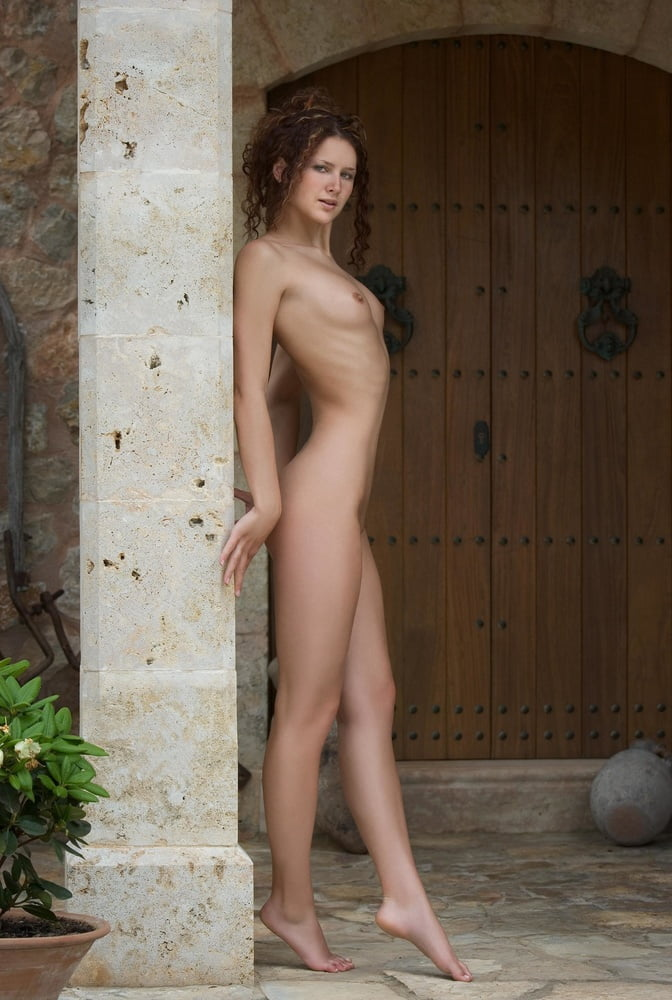 natalie-portman-sauna-nude-rani-mukherji-sexy-fuck
