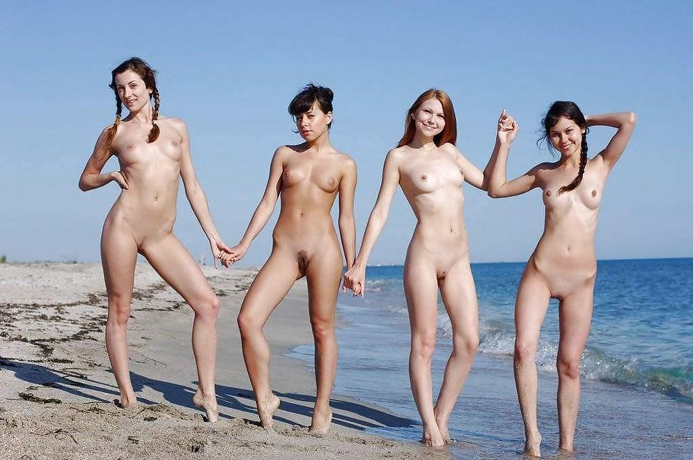 русские девки голые на пляже забудьте при