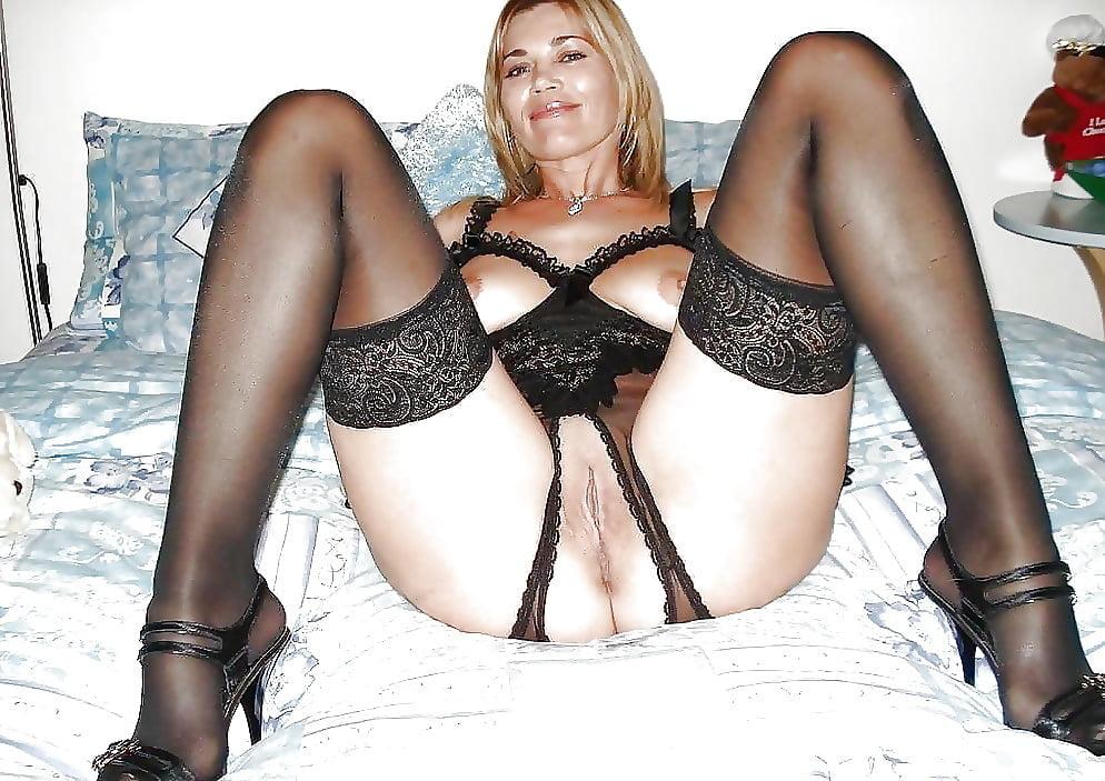 Mature Women In Lingerie, Mature Nude Photos