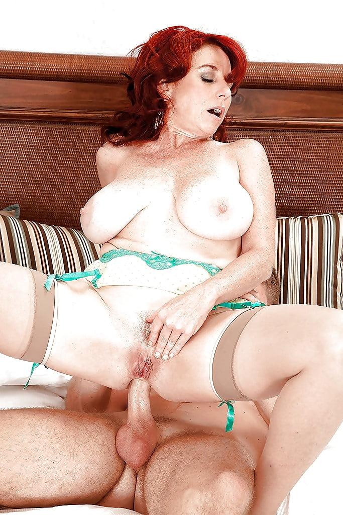 redhead-mom-creampie