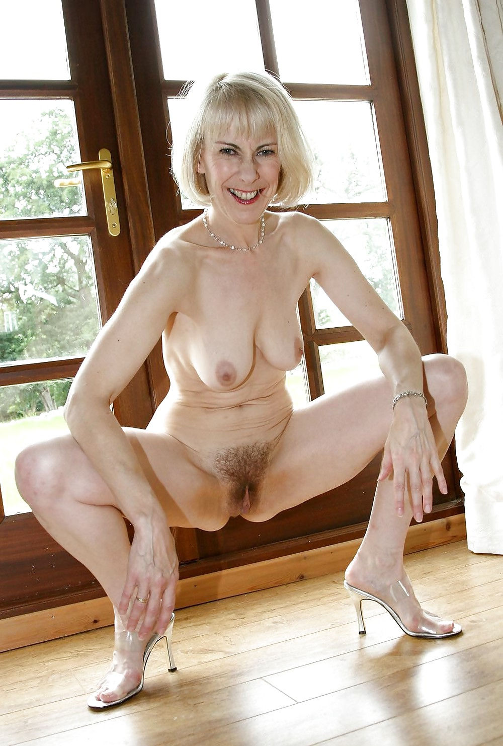 nude-galleries-mature-girl-with-giant-boobs-gets-naked